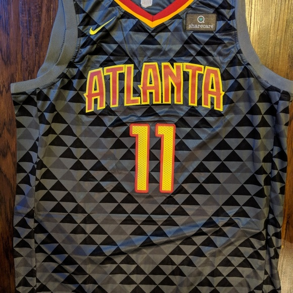 new product 97120 5a334 Atlanta Hawks Trae Young Jersey NWT